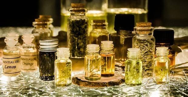 4 huiles essentielles
